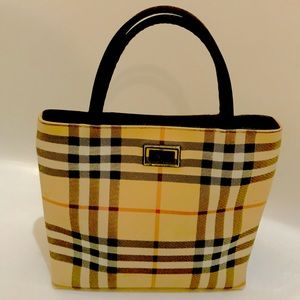 Burberry bag/ FREE any purchase $250+